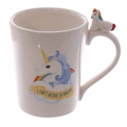 mug original en c ramique avec anse en forme de licorne sur cadeaux et anniversaire. Black Bedroom Furniture Sets. Home Design Ideas