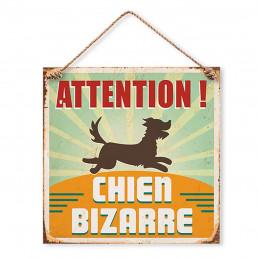 Plaque Métallique Attention Chien Bizarre
